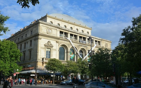 Celebrate the reopening of the Théâtre du Châtelet